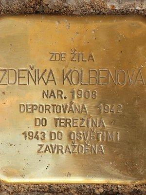 Kámen zmizelých Zdeňky Kolbenové (Foto M. Polák, září 2020)