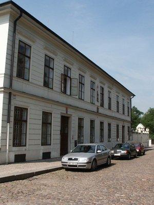 Starší rezidence v roce 2003 (Foto M. Polák)