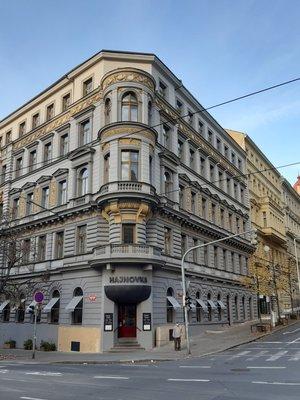 Restaurace Hajnovka připomíná dávného majitele usedlosti, J. Heineho (foto D. Broncová)