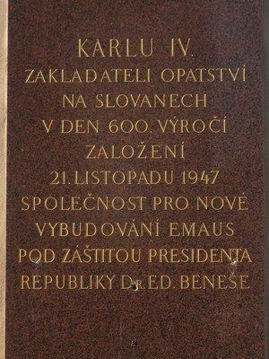 Deska věnovaná Karlu IV. (Foto M. Polák, únor 2021)